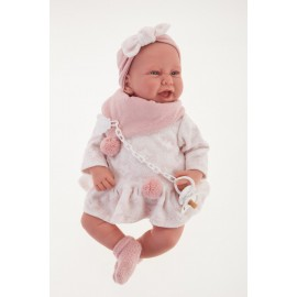 Muñeca recien nacida Carla de 40 cms con mantita.